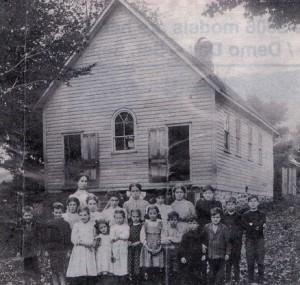 1670 Houseys Rapids Rd c 1915