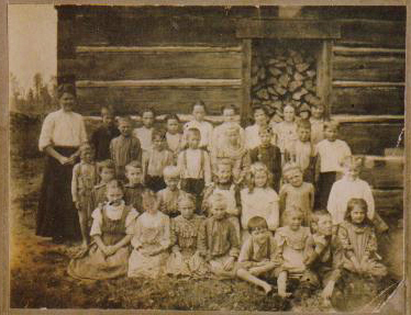 Barkway School in log around 1904-1908